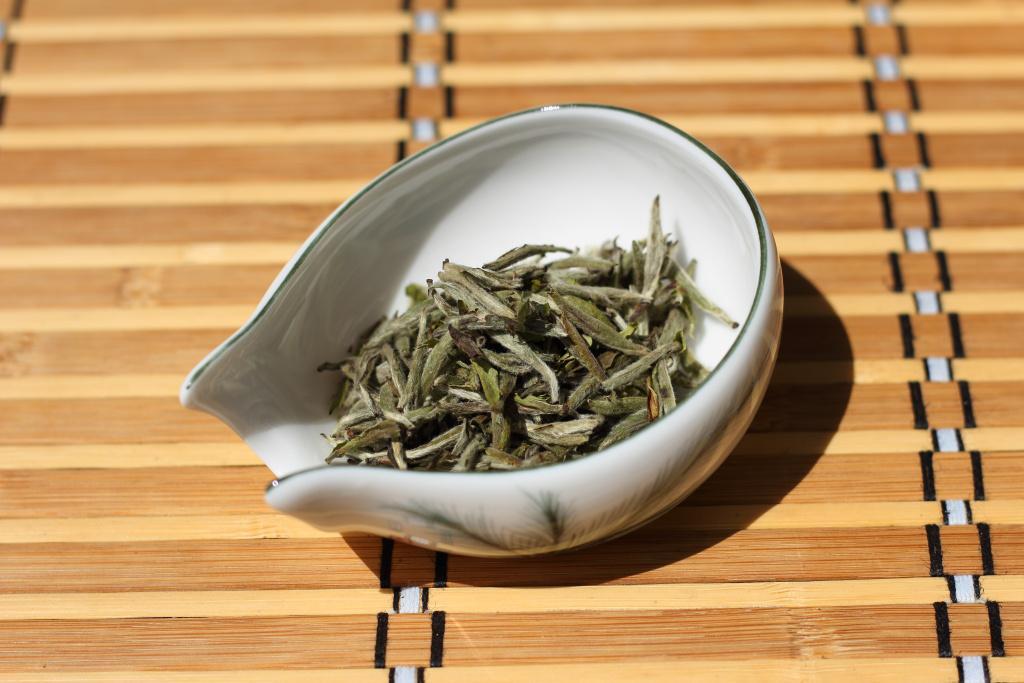 2015 - Bai Hao Yin Zhen Ji Pin - 50g