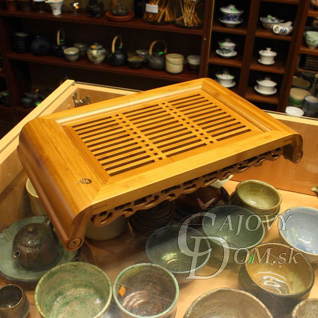 Čajové more bambus